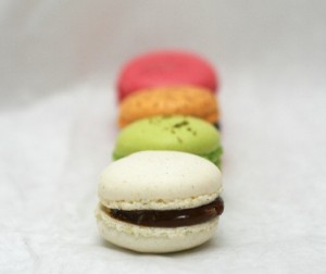 Some nicely aligned macarons